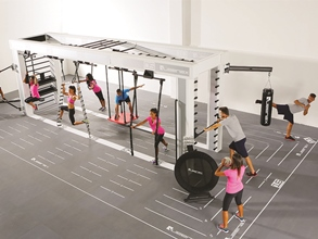 Queenax ist ein flexibles Functional-Training-System
