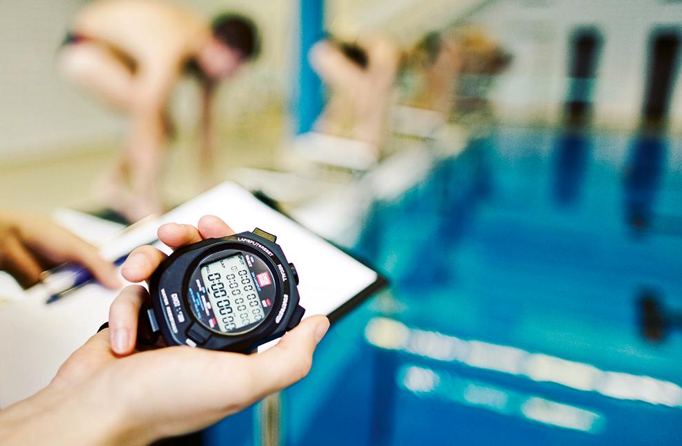 Schwimmen ist ein wichtiger Teil des Sportprogramms.