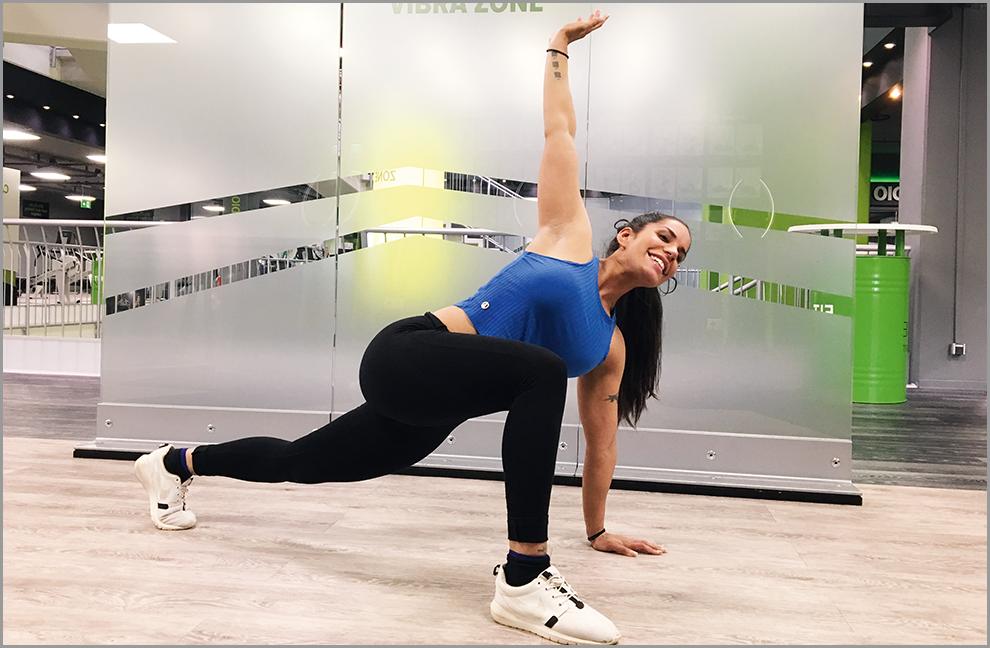 Ausfallschritt mit Rotation für die Brustkorböffnung und Aktivierung der vorn liegenden Hüftmuskulatur