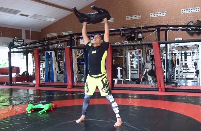 Bulgarian Bag: 6 Übungen – 1 komplettes Workout!