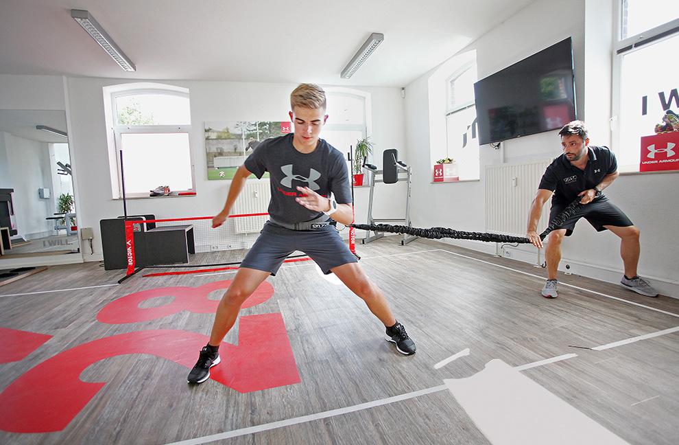 Idealerweise wird jede körperliche Übung mit einem spezifischen Stimulus der Sinnesorgane verbunden. Fotos: BravoSport/NicoleMüller