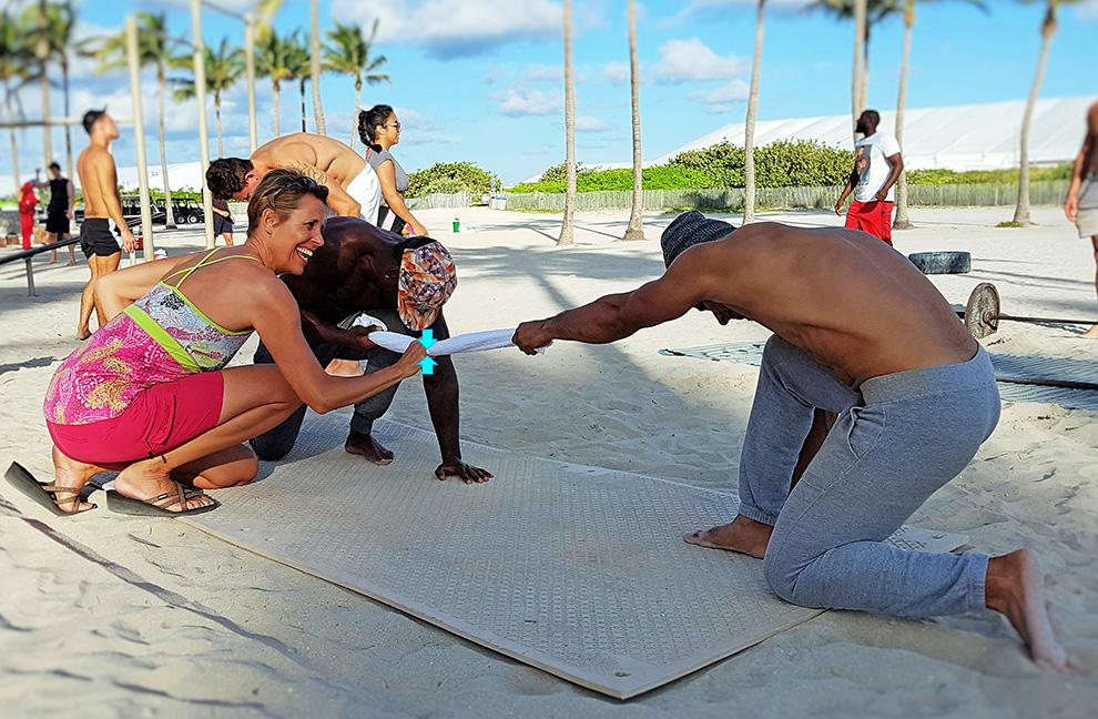 Der große Rückenmuskel und 4 Übungen dazu   Trainer