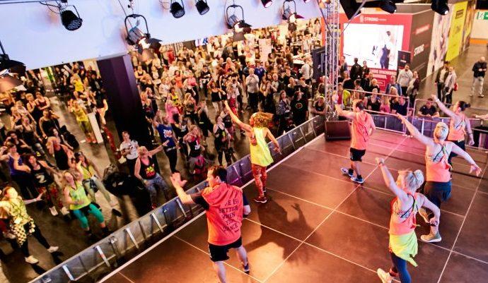 Vom Flamenco bis zum Yoga-Dance: FIBO zeigt die Trends im Group Fitness Bereich